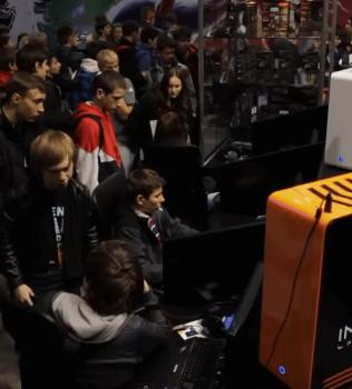 Презентация Invasion Revolt на выставке Игромир 2014