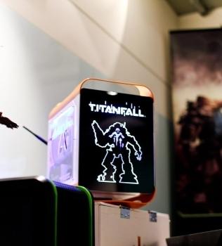 INVASION Pandora Titanfall edition на презентации игры в офисе nVidia